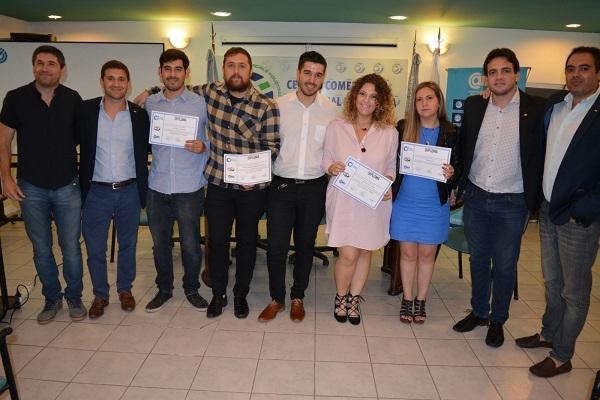 """CCILaR y CAME premiaron al """"joven empresario riojano 2019"""""""
